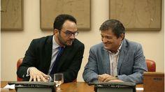 """Aunque públicamente nadie en el PSOE la defienda aún abiertamente pocos conciben ya que sea otro el sentido del voto ante la investidura de Mariano Rajoy sea otro que la abstención. A 19 días de que expire el plazo para que el líder del PP salga (previsiblemente) investido del Congreso, y a once de que … Continuar leyendo """"Fernández ya tiene el 'sí' a la abstención del 60% de los barones y diputados"""""""