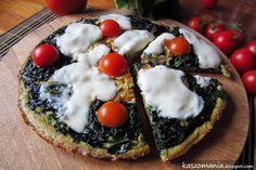 Omlet z kaszą jaglaną, szpinakiem i mozzarellą