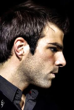Zachary Quinto Zachary Quinto Look at Quinto Stare at Quinto! Quinto Quinto! Minto Quinto!
