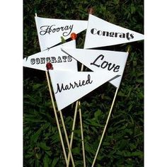 Awesome banner props for a wedding #photobooth. Photo via #WeddingBee