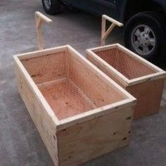 Building A DIY Chicken Coop If you've never had a flock of chickens and are considering it, then you might actually enjoy the process. It can be a lot of fun to raise chickens but good planning ahead of building your chicken coop w Cheap Chicken Coops, Chicken Barn, Portable Chicken Coop, Backyard Chicken Coops, Chicken Coop Plans, Building A Chicken Coop, Chickens Backyard, Chicken Brooder Box, Chicken Shelter