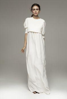 Kalmanovich Spring 2014, simple floor-length white dress