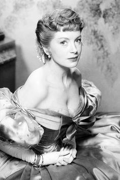 "Deborah Kerr as Anna Leonowens in ""The King and I"" (1956)  Classic Hollywood Stars"