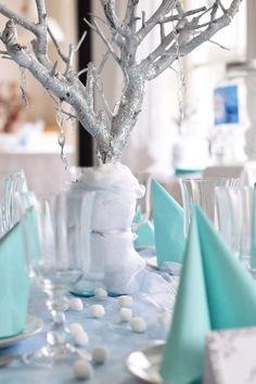 Diy wood spraypainted glitter centerpiece frozen party