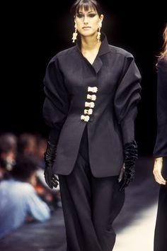 Yasmeen Ghauri - Page 108 - Female Fashion Models - Bellazon 90s Fashion, Couture Fashion, Fashion Photo, Runway Fashion, Fashion Models, Luxury Fashion, Vintage Fashion, Womens Fashion, Female Fashion