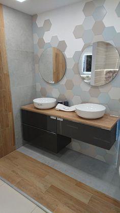 Bathroom Tile Designs, Bathroom Design Small, Bathroom Layout, Bathroom Interior Design, Interior Decorating, Bathroom Flooring, Bathroom Inspiration, House Design, Home Decor
