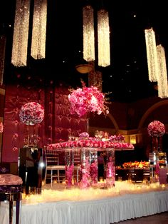 Get expert wedding planning advice and find the best ideas for wedding decorations, wedding flowers, wedding cakes, wedding songs, and more. Wedding Songs, Wedding Videos, Glamorous Wedding, Dream Wedding, Wedding Centerpieces, Wedding Decorations, Wedding Reception Lighting, Square Chandelier, Acrylic Table