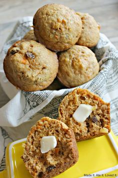 Ate It. Loved It.: Sunshine Muffins I would swap applesauce for some of the oil and sweeten with honey instead of sugar Cooking Bread, Cooking Recipes, Diet Recipes, Breakfast Items, Breakfast Recipes, Breakfast Muffins, All Bran, Artisan Bread Recipes, Delicious Desserts