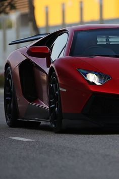 Lamborghini - the glare Maserati, Bugatti, Ferrari, Exotic Sports Cars, Exotic Cars, Sexy Cars, Hot Cars, Aston Martin, Rolls Royce