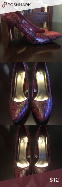 Snake-Print Heels EUC! Red and black snake-print heels by Mossimo. Barely worn. Mossimo Supply Co. Shoes Heels