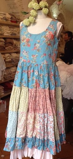 Nadir 2015 This blue background with flowers- looks like a Liberty of London lawn, maybe? Inspiration.