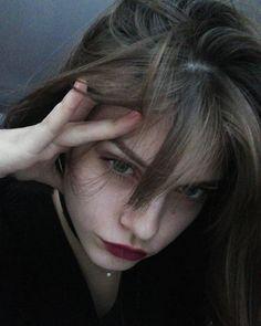 ireö Aesthetic Photo, Aesthetic Girl, Foto Mirror, Pretty Blonde Girls, Tumbrl Girls, Indie, Photos Tumblr, Grunge Girl, Girl Photography Poses