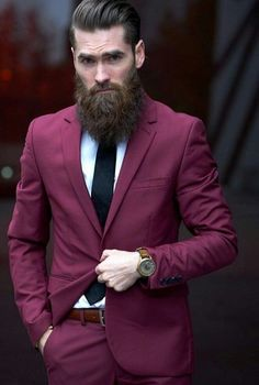Face shape is an important factor to determine which beard style will suit on you. These are beard style for round face men to make your decision easier. Long Beard Styles, Beard Styles For Men, Hair And Beard Styles, Beards And Mustaches, Estilo Hipster, Hipster Man, Epic Beard, Full Beard, Men Beard