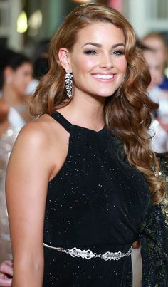 Miss World 2014 Rolene Strauss Beautiful South African Women, Most Beautiful Women, Beautiful People, Miss Universe India, Miss World 2014, Miss Pageant, Gal Gabot, Actress Anushka, African Models
