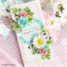 Шоколадница - упаковочка для сладкого подарка)))все цветочки ручной работы…