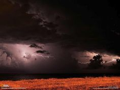 National Geographic Russia originally shared this post:  Гроза над Черным морем в районе города Мангалия, Румыния. Автор фото: Margarit Iuliu Constnatinescu.