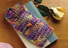 Rainboe eyeglass case Crochet Eyes, Crochet Pouch, Diy Crafts Life Hacks, Crochet Handbags, Crochet Purses, Knitting Patterns Free, Free Knitting, Knitting Ideas, Free Pattern