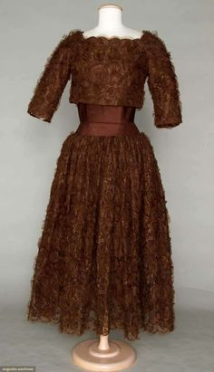 Augusta Auctions, November 2, 2011 NYC, Lot 95: Mrs. Wm. R. Hearsts White House Gown, 1971