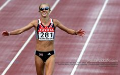Did you know that Olympic marathon runner Paula Radcliffe continued to train whilst pregnant with her second child and was running again just 12 days after giving birth to her first child? Although she did wait three and half weeks after the birth of her second baby before starting to train again!  Five months into her pregnancy she was clocking up 14 miles a day. She truly is a FittaMamma!