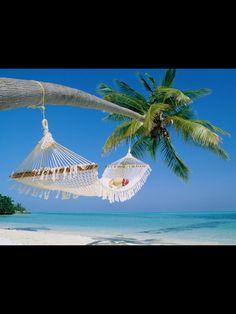 Voy a tener una playa para que yo pueda broncearse y tienen algunas fiestas en la playa .