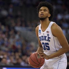 huge discount 3c8b2 232be NCAA Tournament Bracket 2018  Schedule, Odds and More for Sunday s Elite 8  Games. Men s BasketballBasketball ...