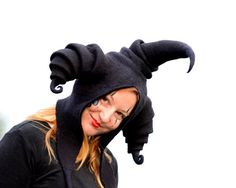 Hey, I found this really awesome Etsy listing at https://www.etsy.com/jp/listing/211290194/black-jester-hood-coxcomb-cowl-fools-cap