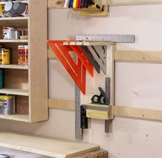 Woodworking Shop How To Make A French Cleat Square Holder – Jays Custom Creations Workshop Storage, Workshop Organization, Home Workshop, Garage Workshop, Tool Storage, Garage Storage, Workshop Ideas, Workbench Organization, Workshop Plans