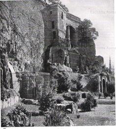 Rupe Tarpea con la gabbia della lupa. Via del Mare ORA VIA DEL TEATRO DI MARCELLO 1940