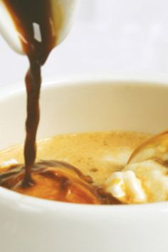 AFFOGATO Savory and sweet midnight snacks that are quick, easy and indulgent.but not so heavy that you'll wake up with a food hangover. Healthy Midnight Snacks, Healthy Snacks, Healthy Recipes, Healthy Eats, Healthy Life, Midnight Food, Good Food Channel, Hot Fudge, Foods To Eat