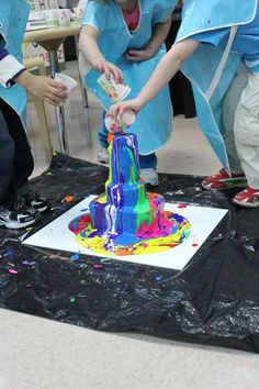 Pour painting at Pierpont Laboratory Preschool