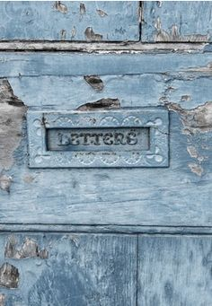 Letter box on distressed old wooden door blue Dusty Blue, Love Blue, Blue And White, Blue Grey, Jardin Decor, Bleu Pale, Le Grand Bleu, Derelict Buildings, Cottage In The Woods