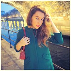 Elé - Back To Paris sur Instagram: Day off #ootd #look #fashionblogger #fashion #style #girl #me #paris #paris_maville #frnch #fuchsia #planetig10 #planeteig10