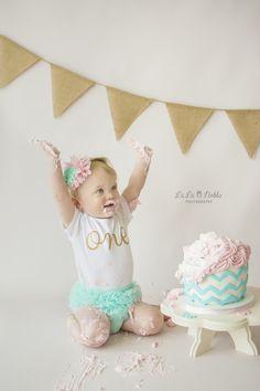 Okinawa Child Photographer, Okinawa, Japan, Cake Smash Session, First Birthday, Pink and Mint, La La Noble Photography