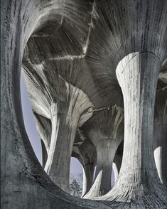 The architecture of the former Yugoslavia Živa Baraga and Janez Lenassi, Monument to the Fighters Fallen in the People's Liberation Struggle Ilirska Bistrica, Slovenia. Photo by Valentin Jeck, commissioned by the Museum of Modern Art, New York Villa Architecture, Detail Architecture, Architecture Renovation, Concrete Architecture, Futuristic Architecture, Chinese Architecture, Architecture Office, Contemporary Architecture, Moma