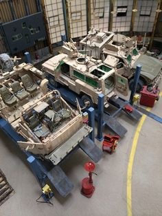 Armorama :: 1/35 Truck Fabrication shop