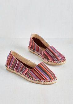 ☆ http://www.modcloth.com/shop/shoes#?sort=price%20asc&page=1 ☆ https://es.pinterest.com/iolandapujol/pins/ ☆ @iola_pujol/