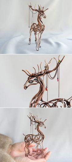 Deer Wire sculpture by UrsulaOT.deviantart.com on @DeviantArt