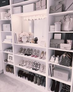 Closet Goals😍 , , , , by Luxe Decor💕 Sala Glam, Closet Bedroom, Bedroom Decor, Vanity Room, Closet Vanity, Glam Room, Luxury Closet, Closet Designs, Dream Rooms