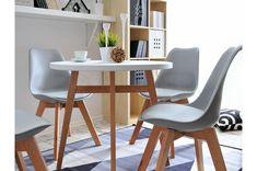 Skandynawski biały stół jest świetnym rozwiązaniem, gdy szukasz nowoczesności. Idealnie sprawdzi się w Twoim wnętrzu- salonie, kuchni.