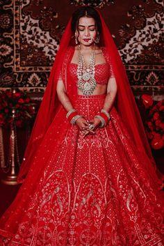 Neha Kakkar and Rohanpreet Singh Celebrity Wedding Dresses, Indian Wedding Outfits, Celebrity Weddings, Wedding Lehnga, Bollywood Wedding, Bridal Poses, Bridal Photoshoot, Couple Look, Bridal Lehenga Collection