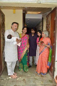 nice Vivek Oberoi Celebrates Ganesh Festival 2015 with his Family