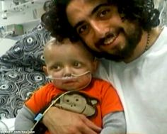 Mike Hyde with his son Cash who was diagnosed with a severe brain tumor..He cured the boy w/ cannabis oil.