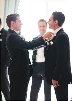 Groomsmen getting ready wedding photos not to miss Wedding Fotos, Wedding Photoshoot, Wedding Pics, Wedding Shoot, Bridal Pics, Free Wedding, Wedding Ceremony, Wedding Hair, Trendy Wedding