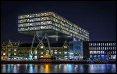 Unilever. Geweldige architectuur!! - bewri