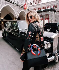 Celebs with best street style and how to get their look Daily Fashion, Look Fashion, High Fashion, Winter Fashion, Fashion Outfits, Womens Fashion, Fashion Trends, Fashion Mode, Fashion Spring
