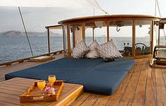 Mantra Dive And Sail | Private Charter or Group Trips | Holiday in Indonesia