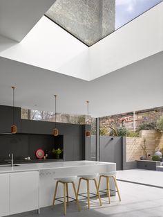 Open Plan Kitchen Living Room, Home Decor Kitchen, Dream Home Design, House Design, House Extension Plans, Side Extension, Minimal Kitchen Design, House Extensions, Facade House
