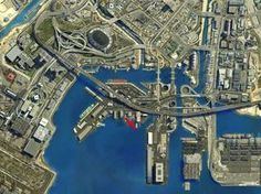 <b><i>GTA V</i> is the biggest and most expensive video game produced to date.</b> With such a large and fascinating world, here are some things you might want to know before you hop in and play.