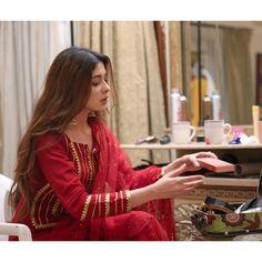 Recent Awesome Clicks of Beautiful Azekah Daniel Pakistani Dresses Casual, Pakistani Dress Design, Pakistani Salwar Kameez, Shalwar Kameez, Indian Designer Outfits, Indian Outfits, Pakistani Designers, Party Wear Dresses, Indian Bollywood
