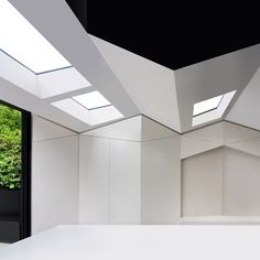 Bureau de Change Architects gave this north London house extension a pleated ceiling to create the illusion it has been squashed onto the rear of the brick terraced property Architecture Design, London Architecture, Contemporary Architecture, Amazing Architecture, Change, Rear Extension, London House, House Extensions, Dezeen